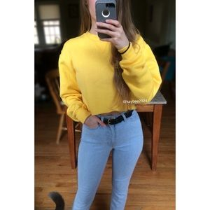 🌿 90's Essential Electric Yellow Cropped Crewneck